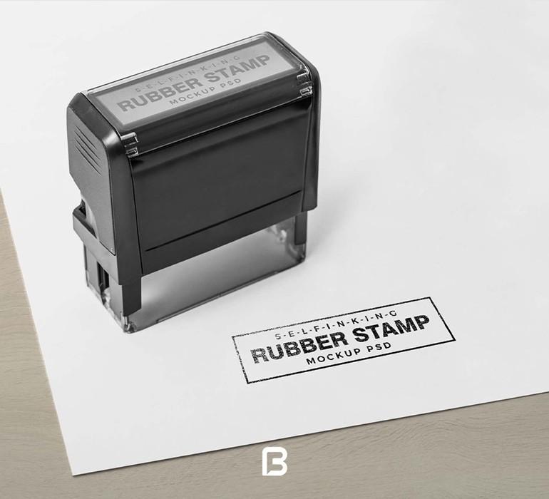 موکاپ مهر استامپ بر روی کاغذ